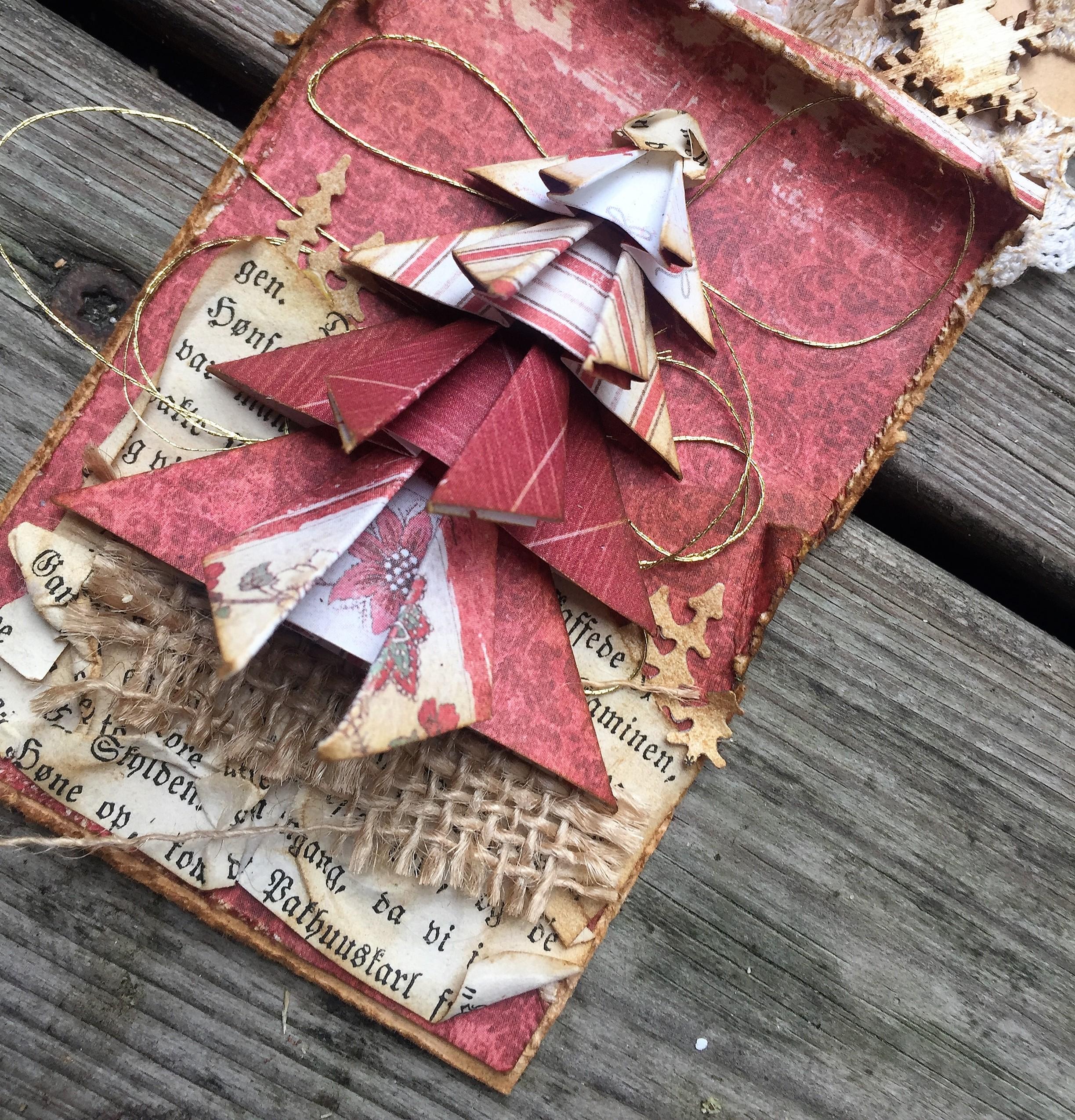 Foldet juletræ
